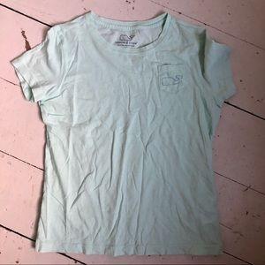 Vineyard Vines mint green whale t-shirt 🐳